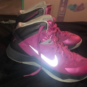 nike hyperquickness think pink